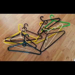 Box of 10 heavy duty plastic clothes hanger multi